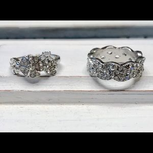 Jewelry - Silver tone fashion rings size 7